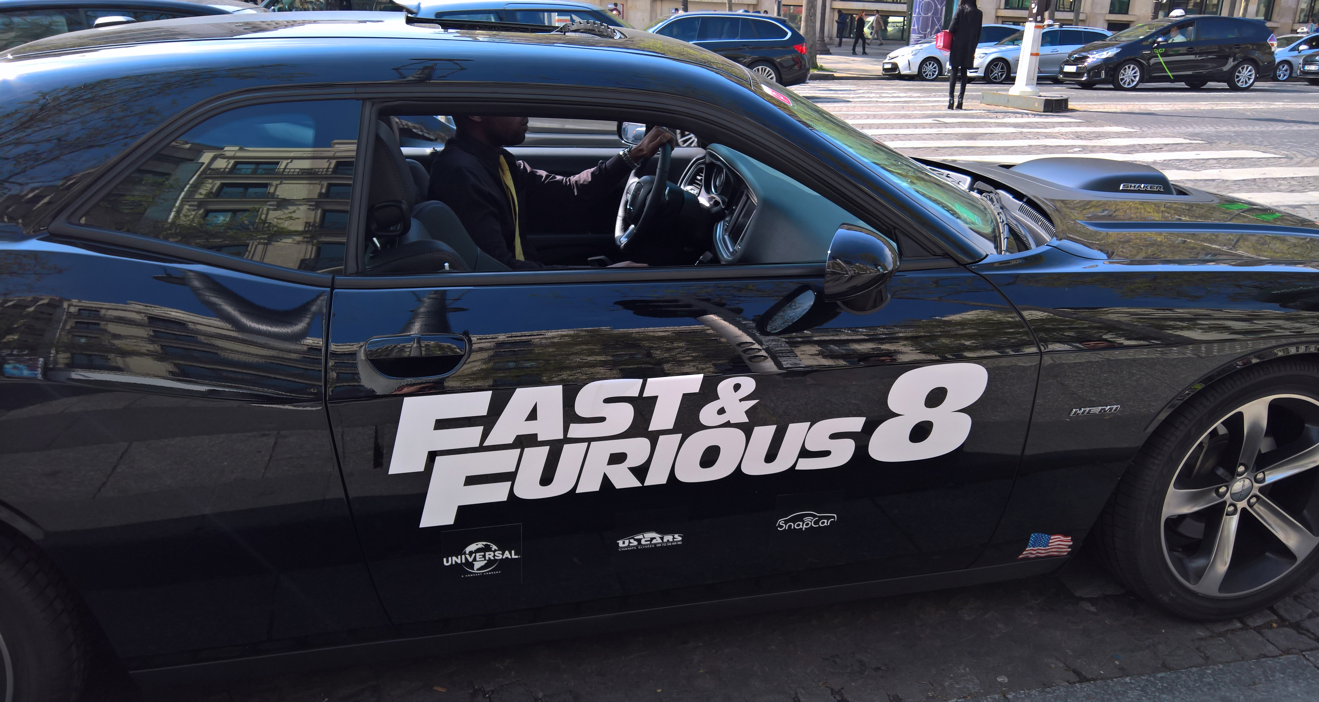 fast and furious 8 la critique du film. Black Bedroom Furniture Sets. Home Design Ideas