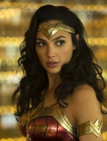 Wonder Woman 1984 : Gal Gadot sublime en Super Girl